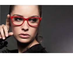 women_eyepieces